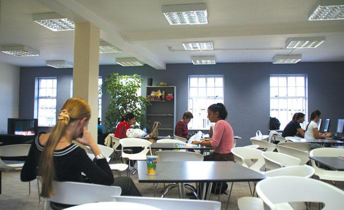 Zakwaterowanie Oxford – szkoła językowa Embassy (4)
