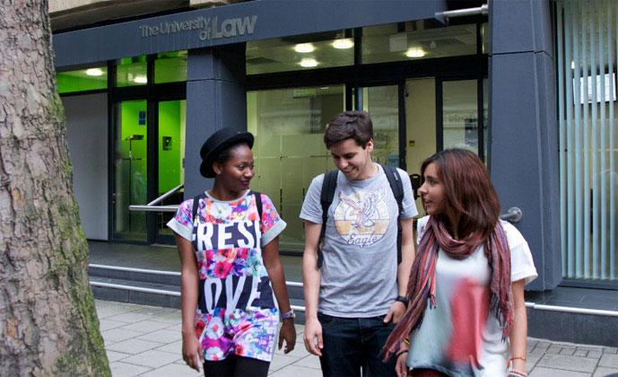 Londyn University of Law -szkoła Embassy