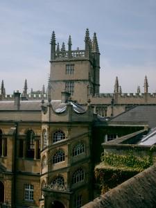 Oxford College – szkoła St. Hugh's lub Wycliffe Hall College