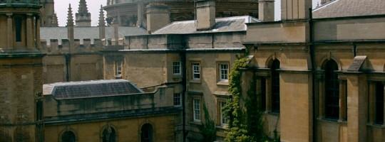 Oxford College - szkoła St. Hugh's lub Wycliffe Hall College