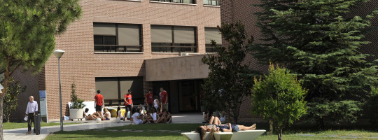 Madryt - kampus uniwersytecki poza miastem