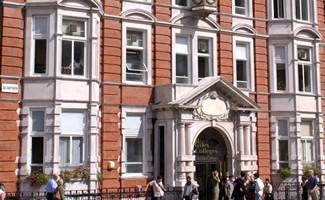 Londyn Centrum - szkoła St. Giles