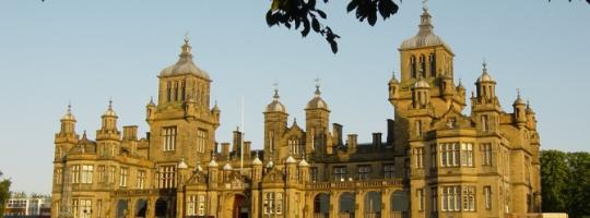 Edynburg - eksluzywna szkoła młodzieżowa