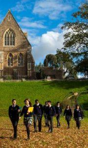 Tenbury Wells – szkoła boardingowa na próbę