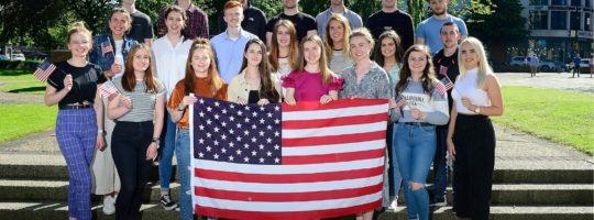 100% stypendium na rok szkolny w USA